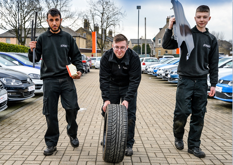 JCT600 helps young people from The Prince's Trust to 'Get Into Automotive'
