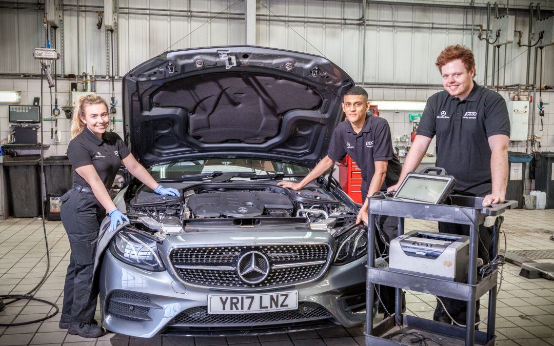 JCT600 celebrates over 100 apprentices in the business as it seeks another 25