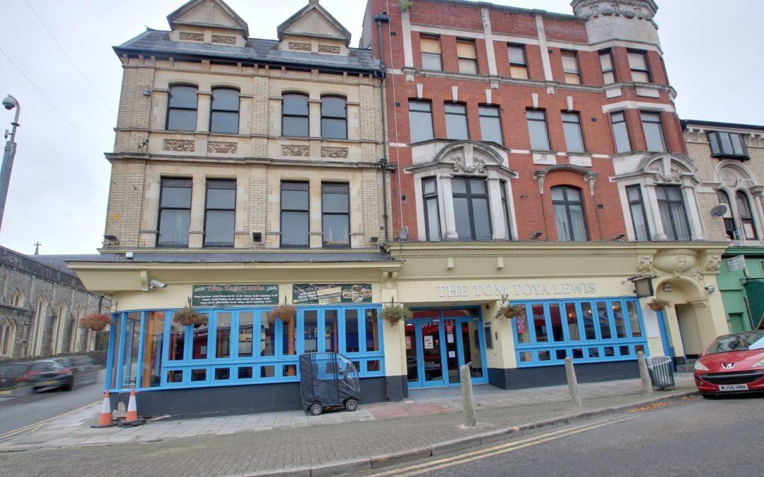 Newport pub is put up for auction