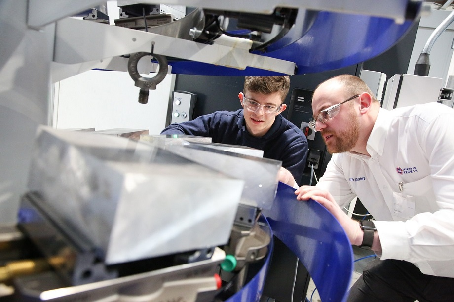 World leading aerospace business urges Yorkshire manufacturers to win export through productivity improvement